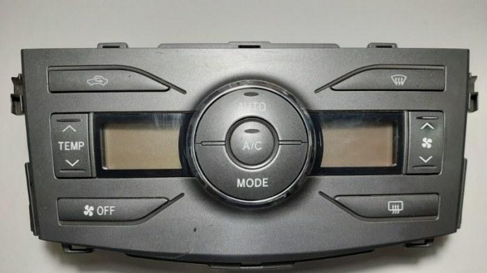 Блок управления климат-контролем Toyota Corolla E150 1ZR-FE 2012