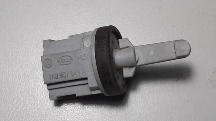Датчик температуры Volkswagen Touareg 7LA AXQ 2005