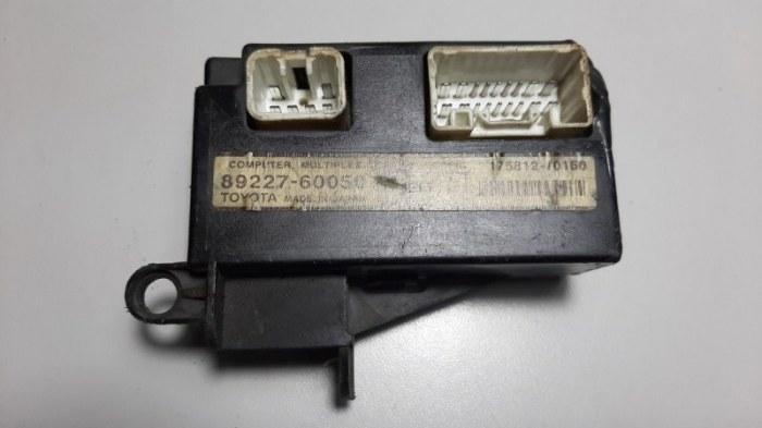 Блок управления электроусилителем руля Lexus Gx470 UZJ120 2UZ-FE 2008