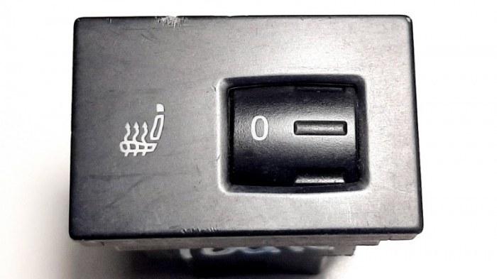 Кнопка обогрева Volkswagen Touareg 7LA AXQ 2005 передняя правая