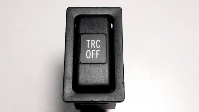 Кнопка, переключатель Toyota Avensis ZZT251 1ZZ-FE 2004