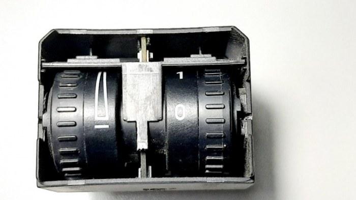 Кнопка регулировки фар Volkswagen Caddy 2KB BSE 1.6 2007