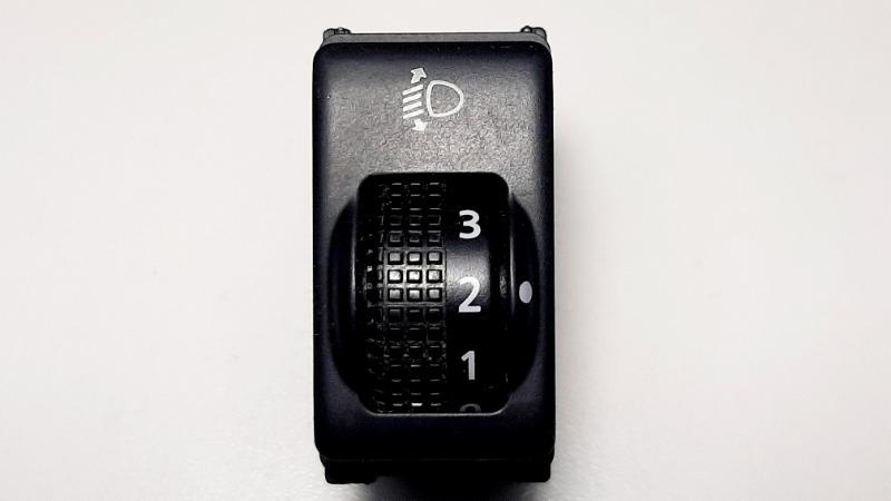 Кнопка регулировки фар Nissan Almera G15 K4M, 1,6 2014