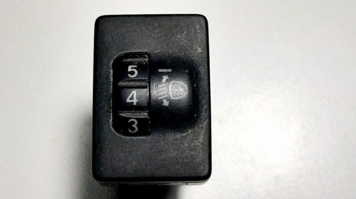 Кнопка регулировки фар Toyota Rav4 ACA31 3ZRFE 2011