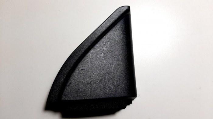 Уголок двери Toyota Corolla E150 1NR-FE 2013 передний правый