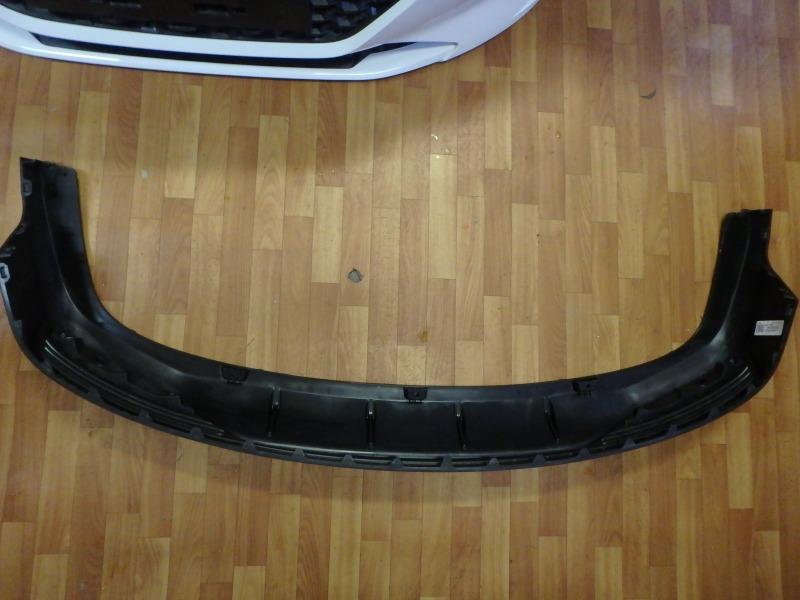 Накладка на бампер Hyundai Solaris HCR G4FG, G4LC 2020 задняя