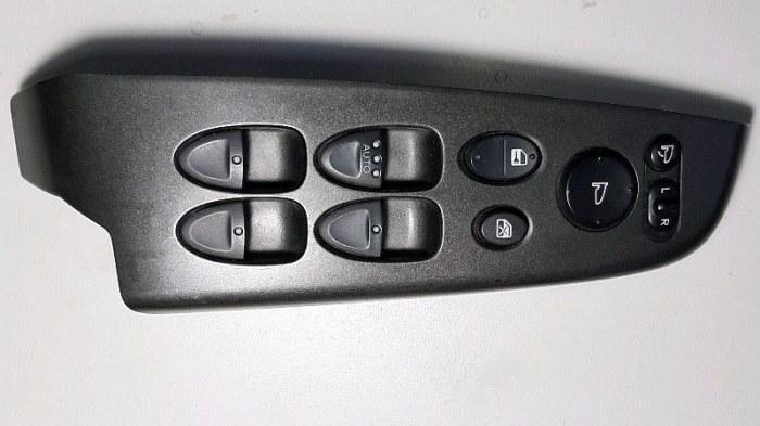 Блок управления стеклоподъемниками Honda Civic FD3 LDA2 2011 передний левый