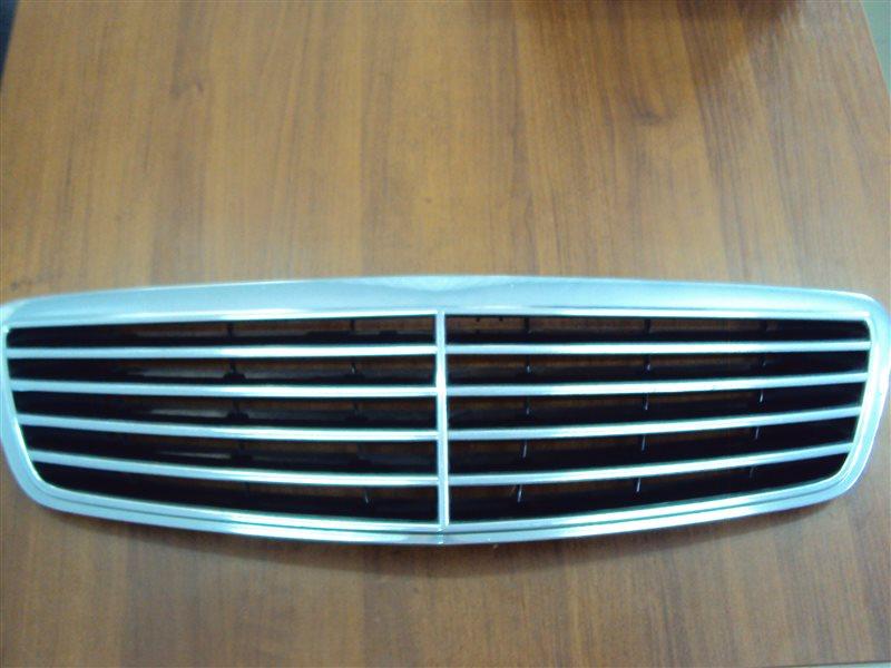 Решетка радиатора Mercedes-Benz S W220 113.960 1999
