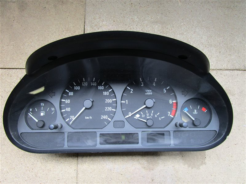 Щиток приборов Bmw 3-Series E46 N42B20AB 2003