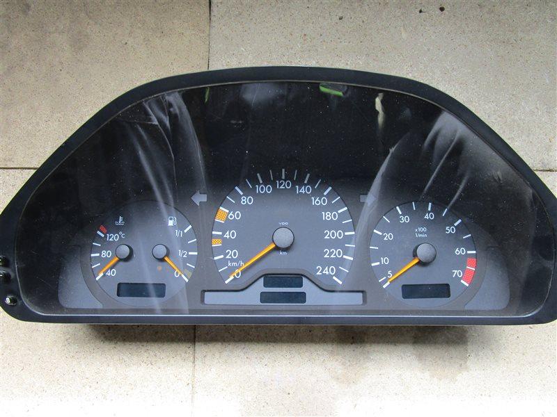 Щиток приборов Mercedes-Benz C W202 111.945 1998