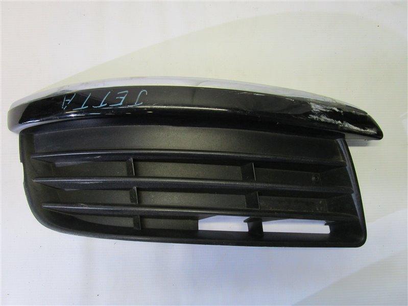 Решетка в бампер Volkswagen Jetta BVY передняя правая