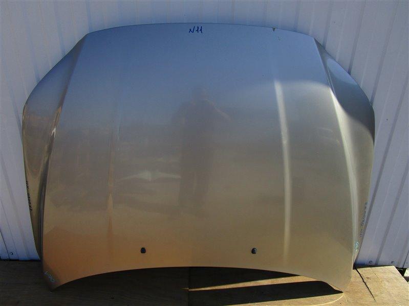 Капот Volvo V70 B5254T6 2009 передний