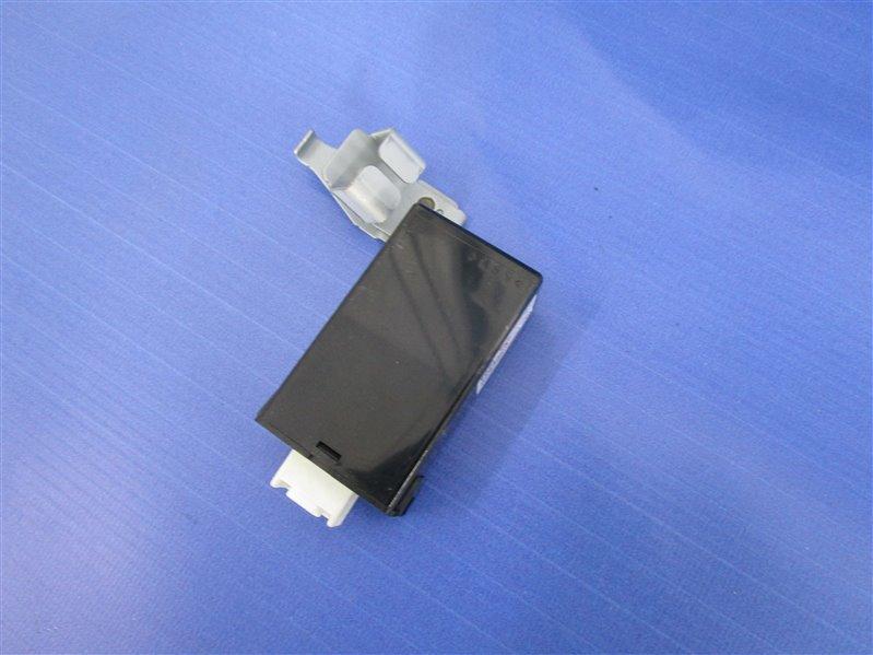 Блок управления замками Mazda 6 GH LF-VE (LF5-VE) 2008