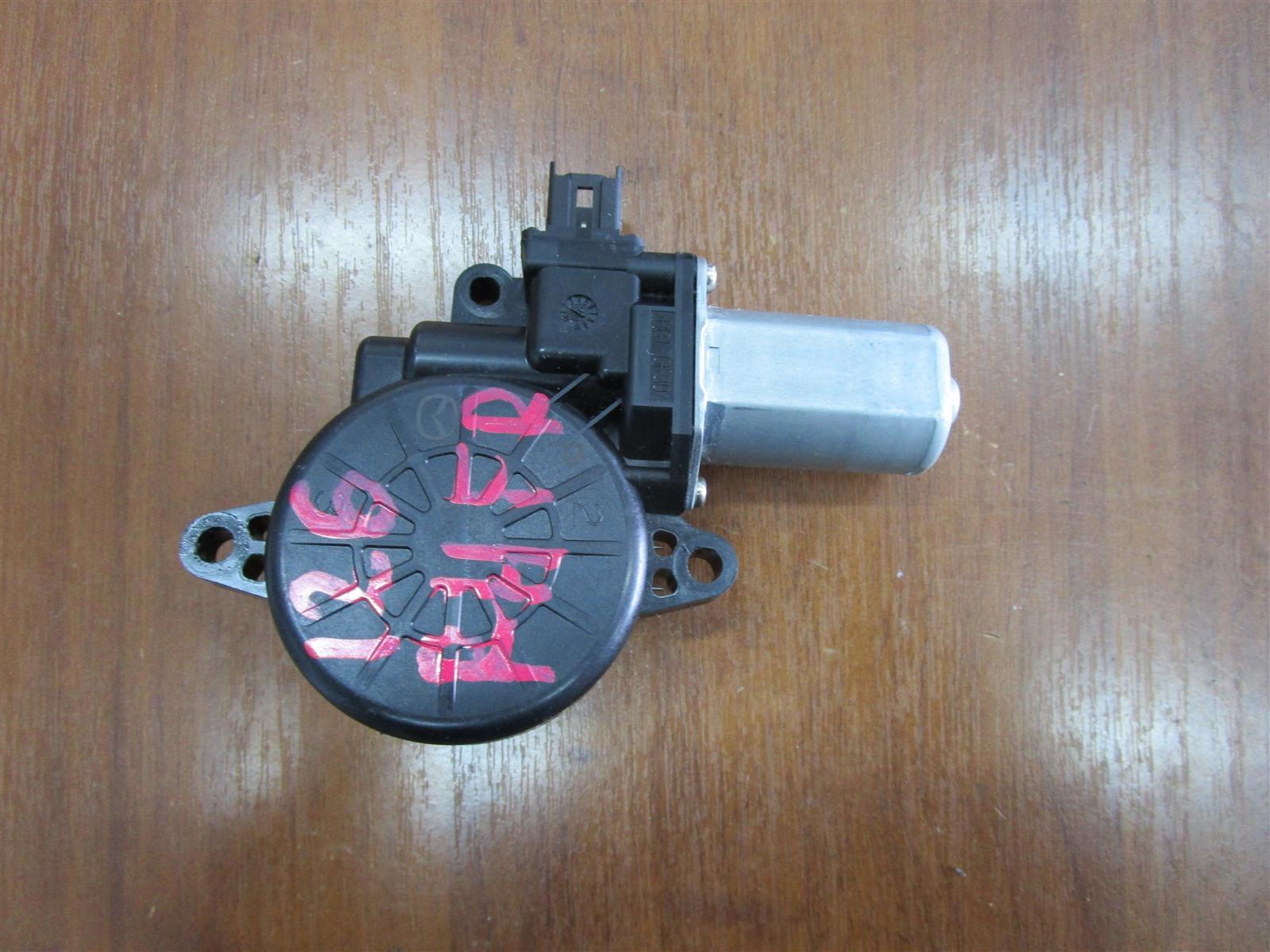 Мотор стеклоподъемника Mazda 6 GH LF-VE (LF5-VE) 2008 передний правый