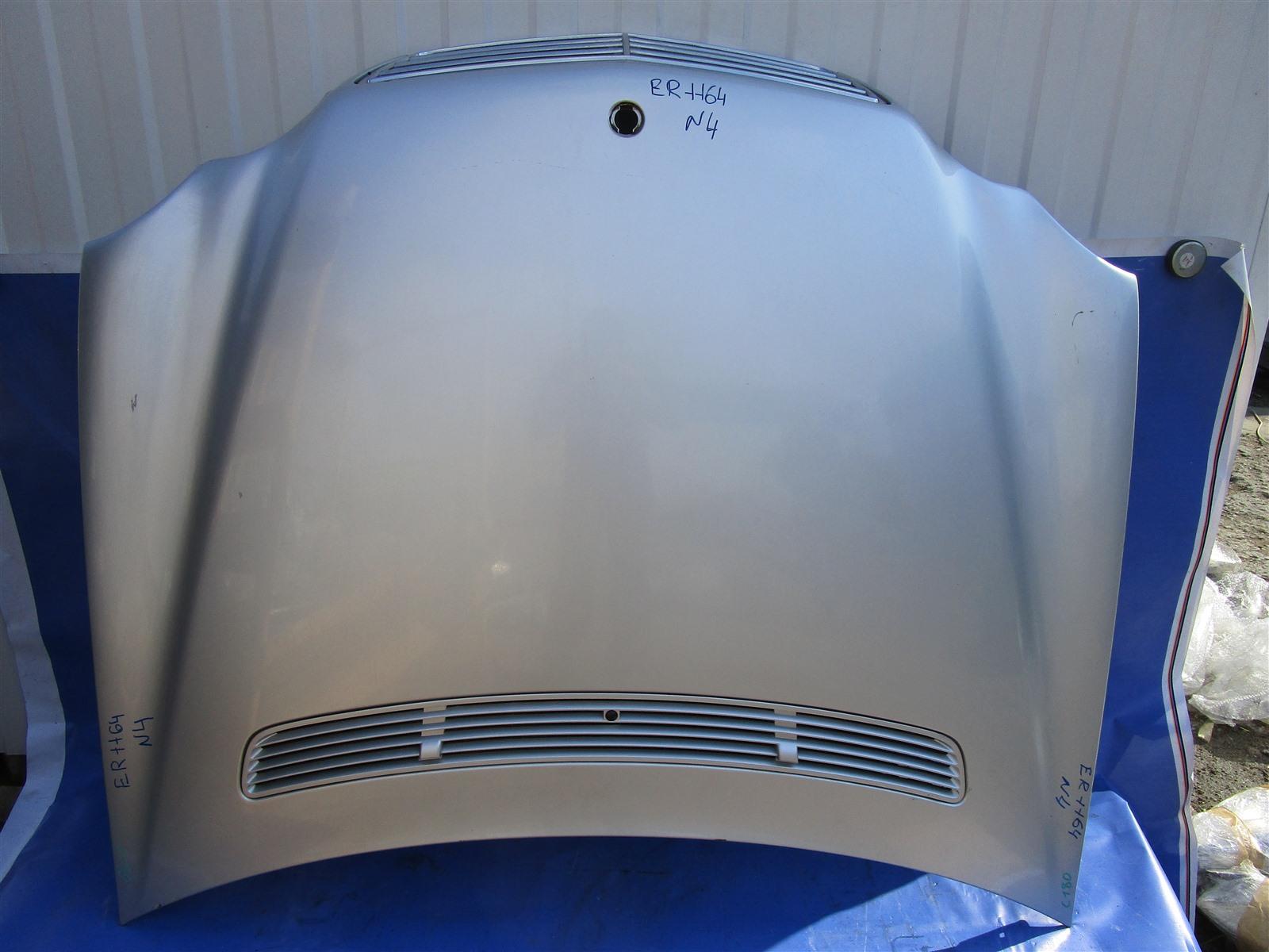 Капот Mercedes-Benz C W203 M271 передний