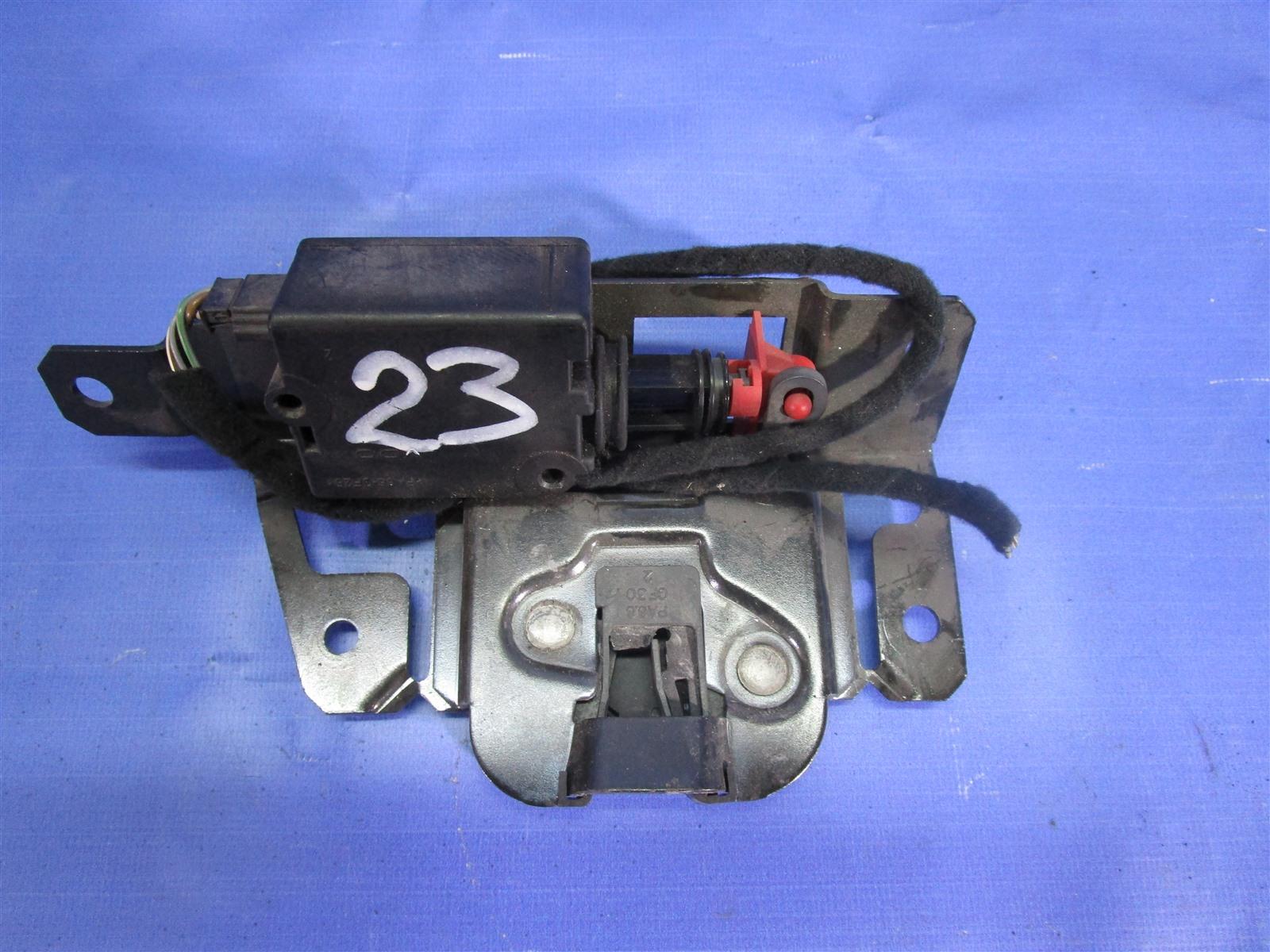 Замок багажника Bmw 3-Series E46 194E1 M43 1999