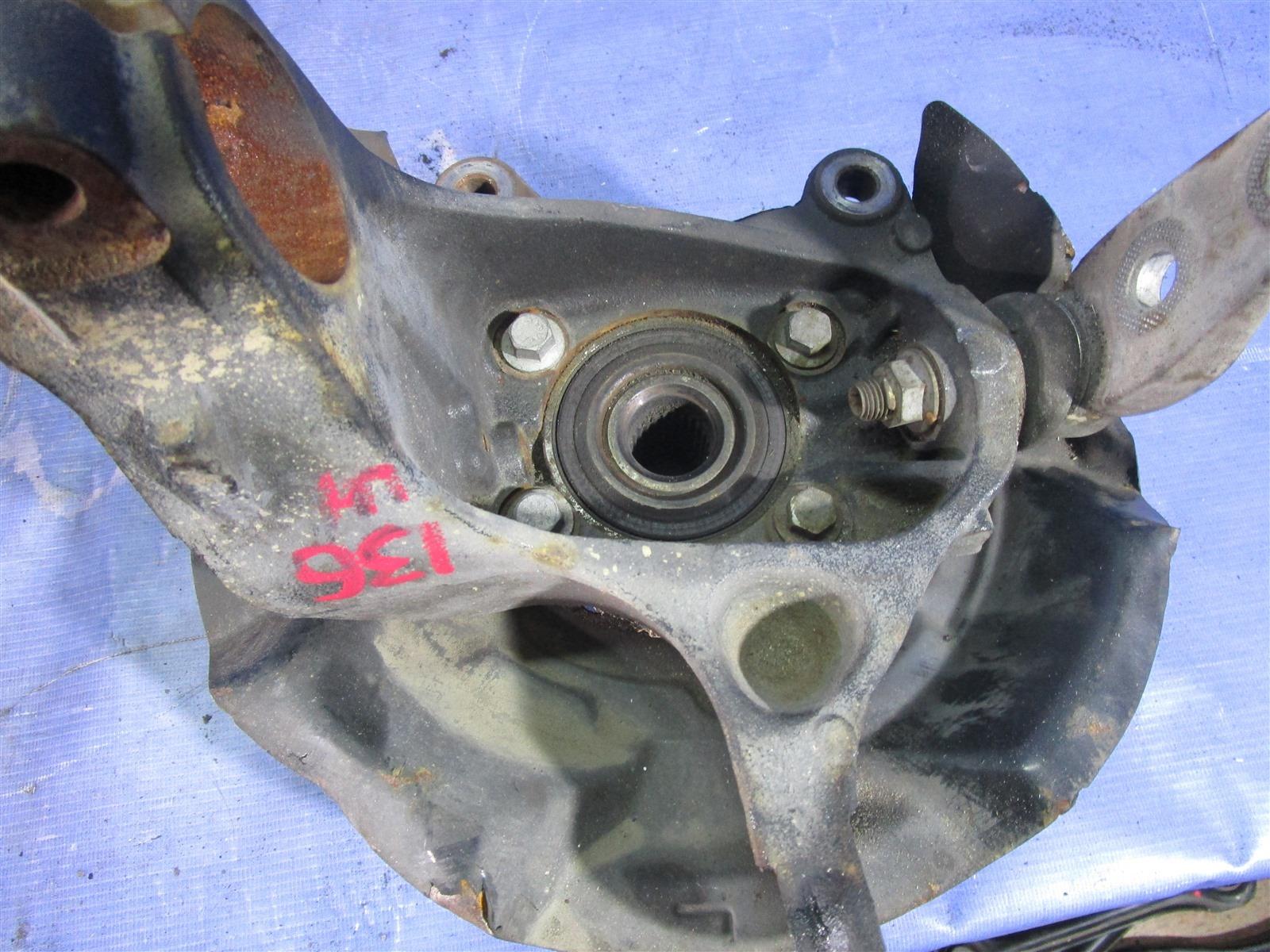Кулак поворотный Mini Cooper D N12B14A 2007 передний левый