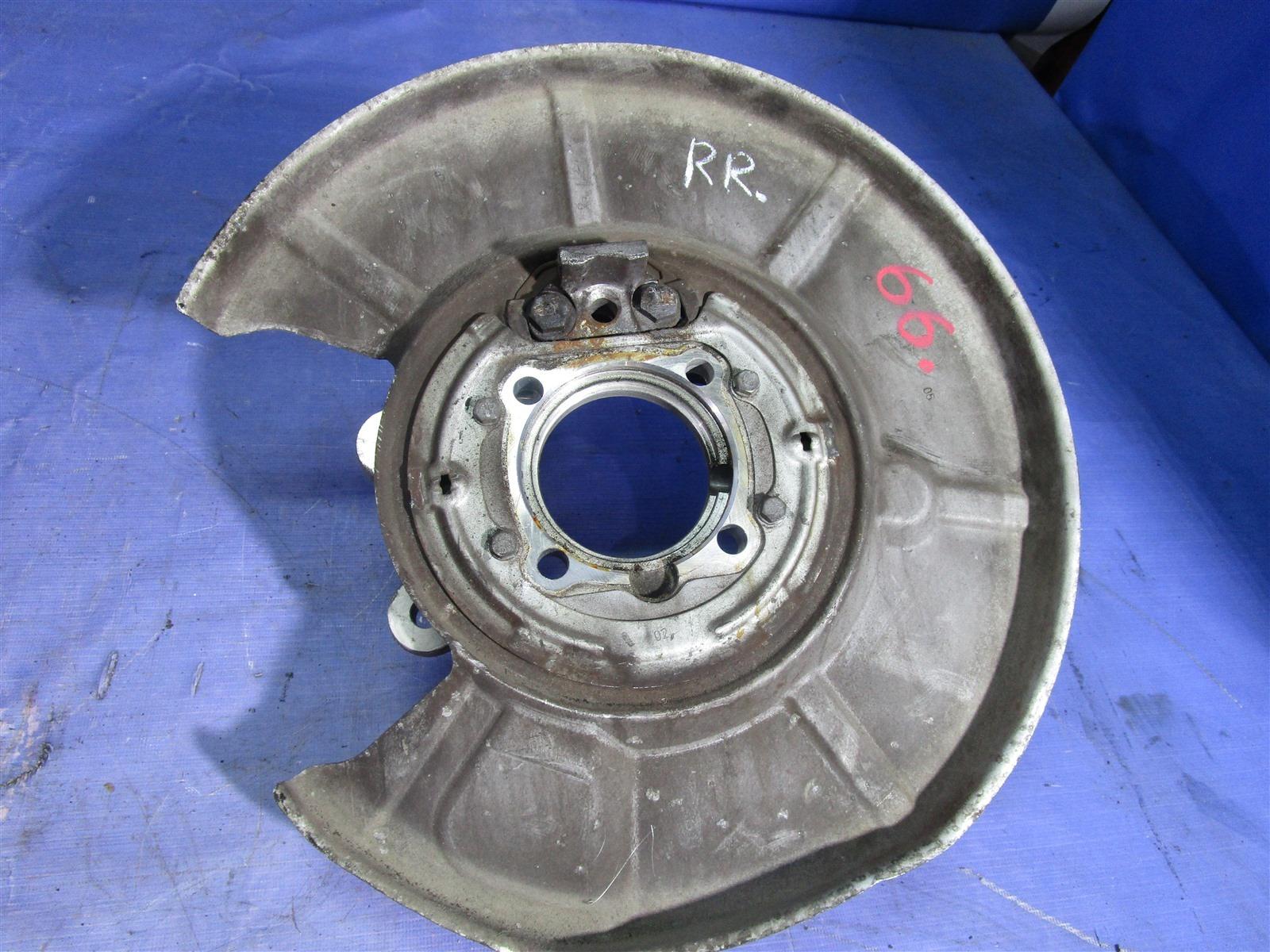 Кулак поворотный Bmw 7-Series E65/66 N62B44A 2002 задний