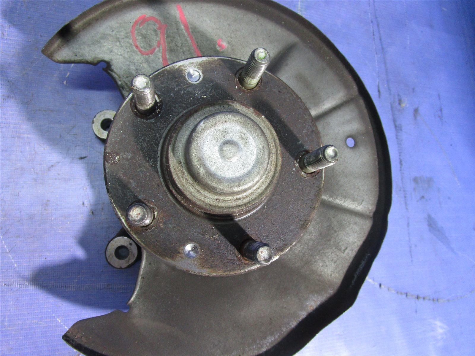 Кулак поворотный Mazda 6 GG L3WE 2002 задний