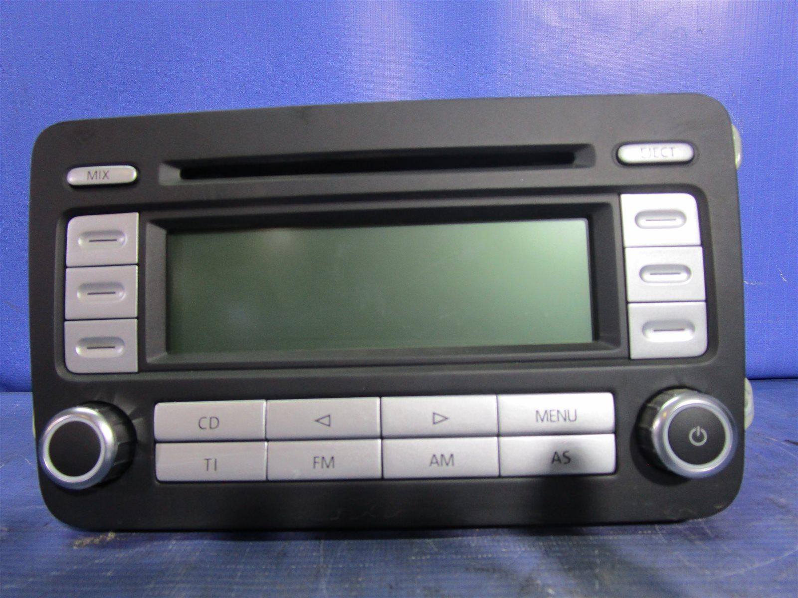 Магнитофон Volkswagen Golf 6 5K14G5 CBZB 2010