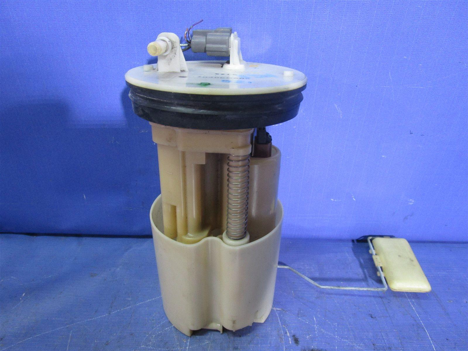 Модуль топливного насоса Nissan Bluebird Sylphy KG11-009471 MR20DE 2012.05