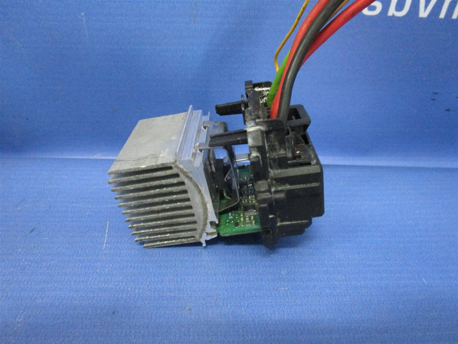 Резистор отопителя Peugeot 308 S 120 EP6 2009