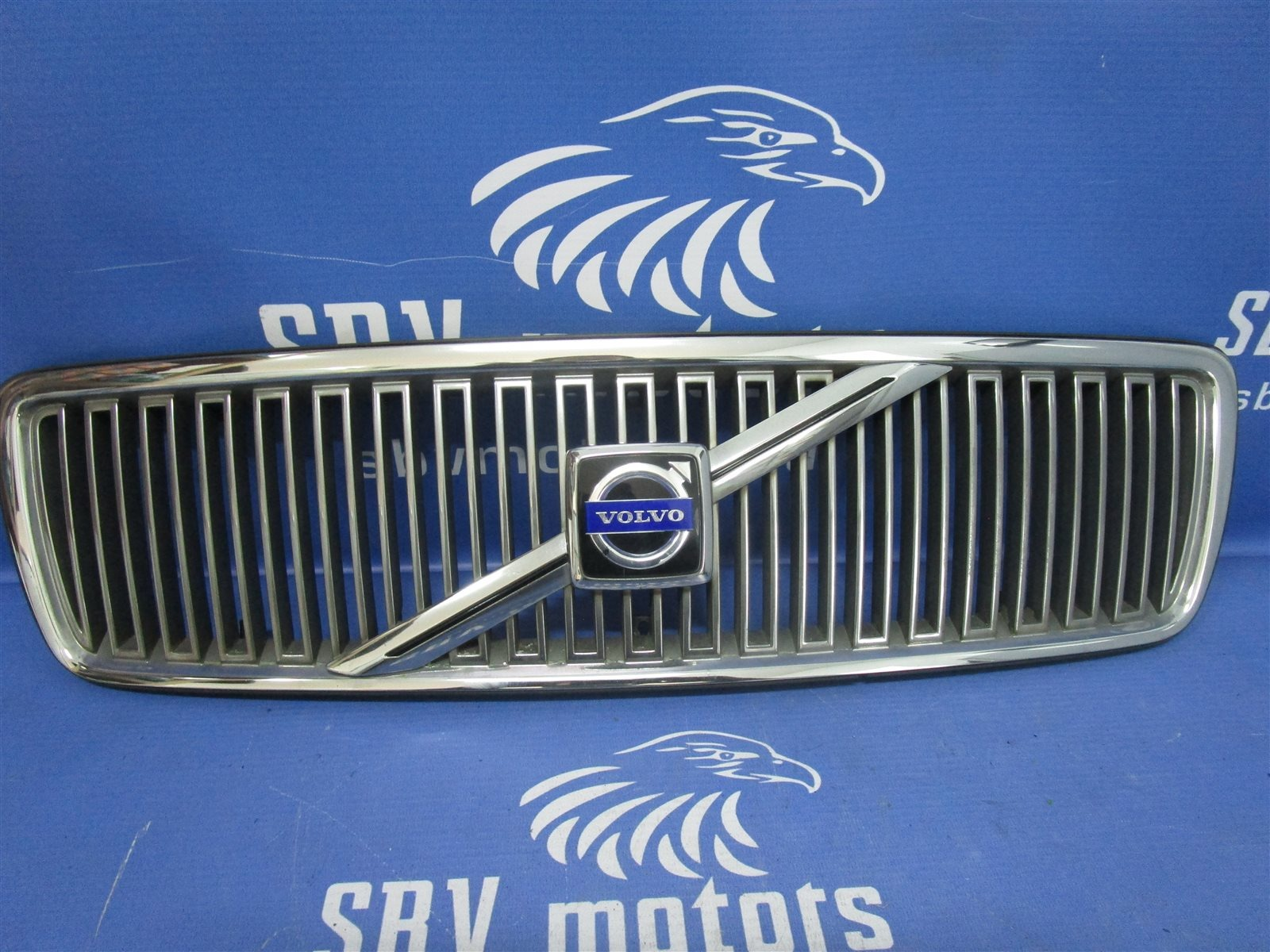 Решетка радиатора Volvo Xc70