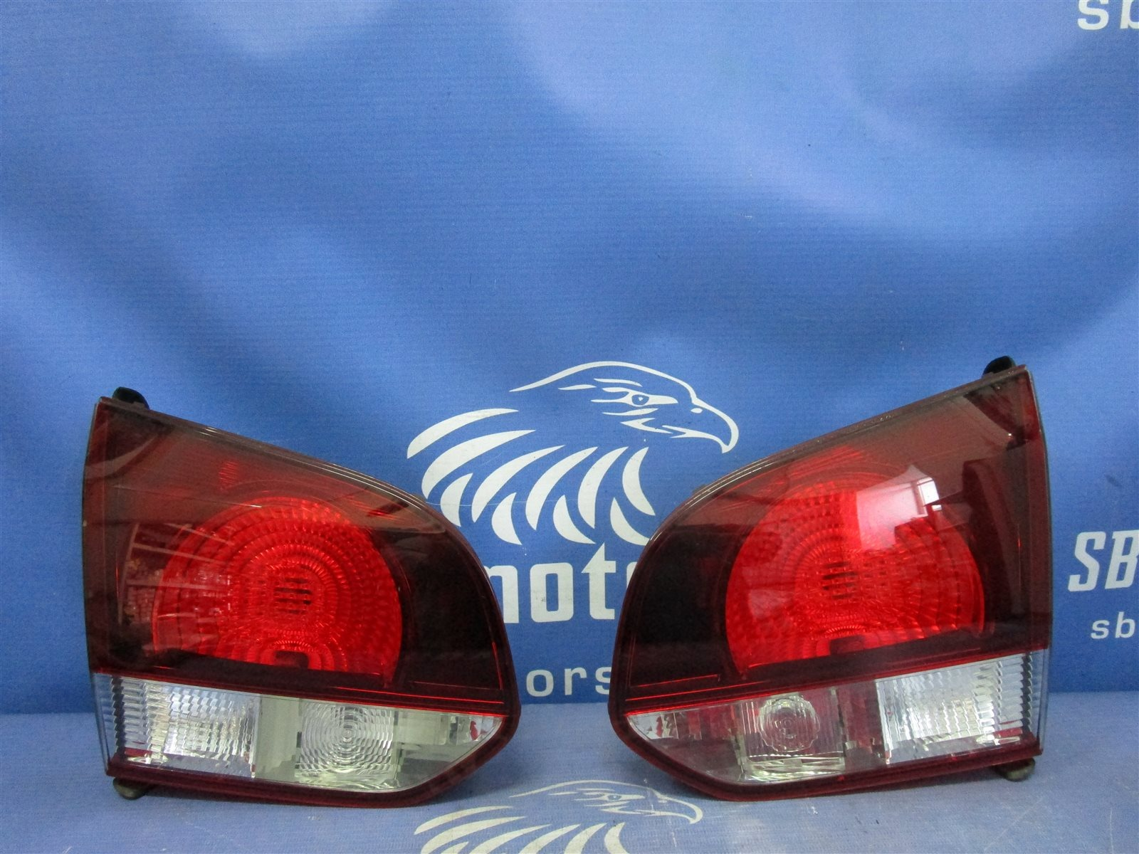 Фонарь внутренний заднего хода Volkswagen Golf 6 5K14G5 CAXA 2012 задний