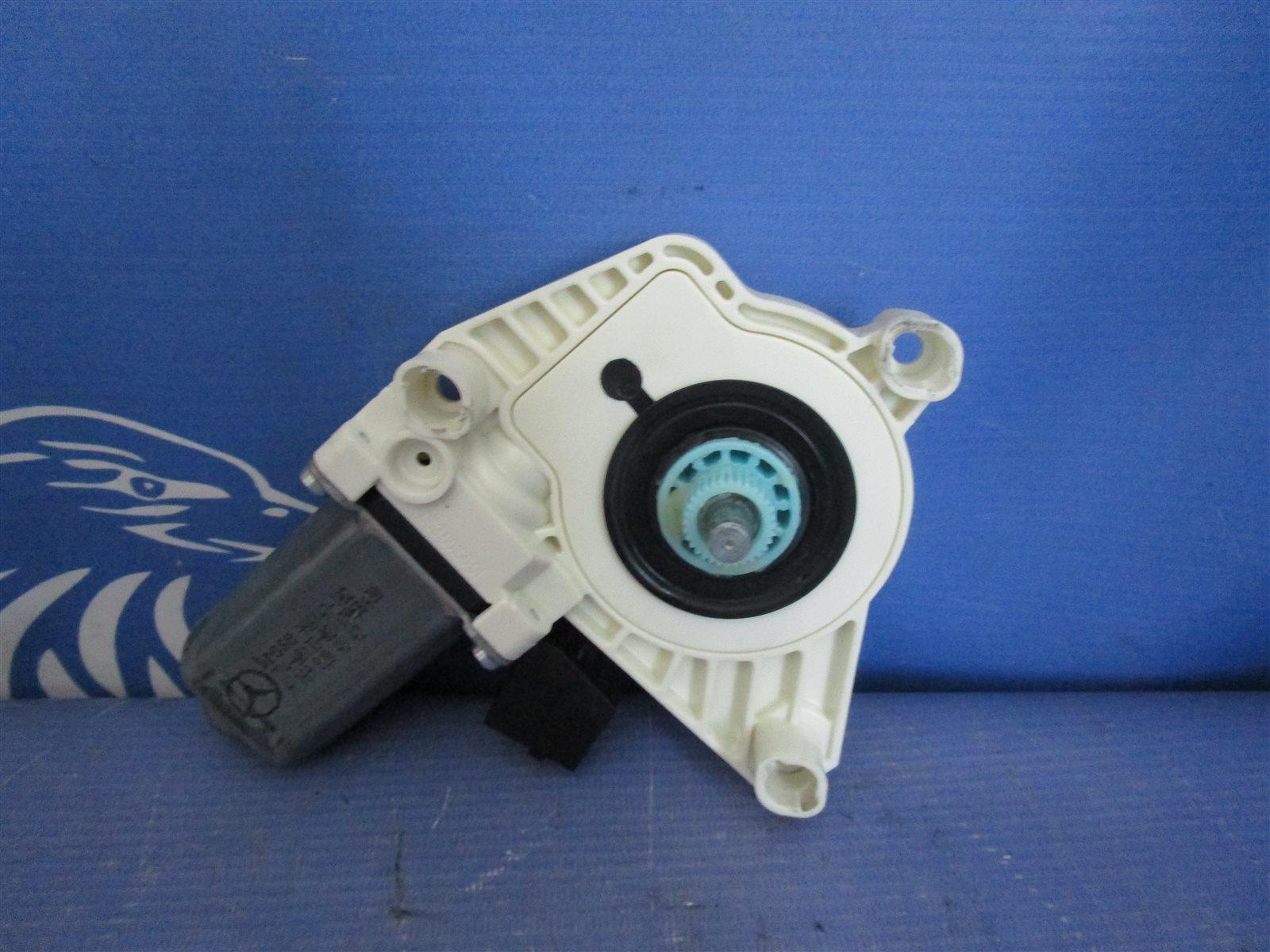 Мотор стеклоподъемника Mercedes-Benz W245 266.940 2008 задний правый
