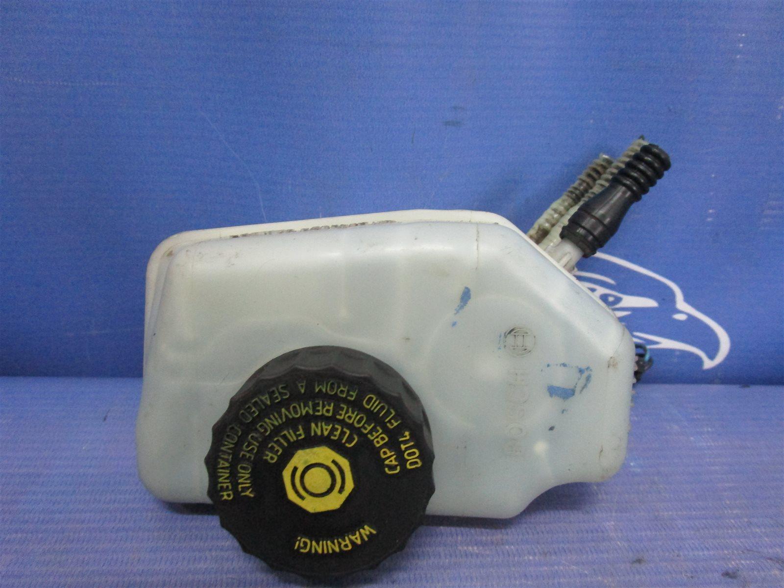 Бачок для тормозной жидкости Opel Corsa ХЭТЧБЕК Z12XEP 2008