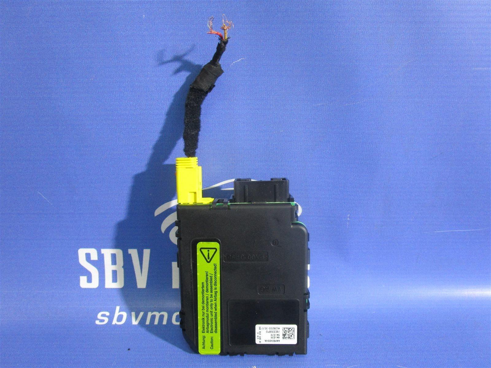 Блок электронный подрулевых переключателей Volkswagen Golf 5 1KAXW AXW 2004
