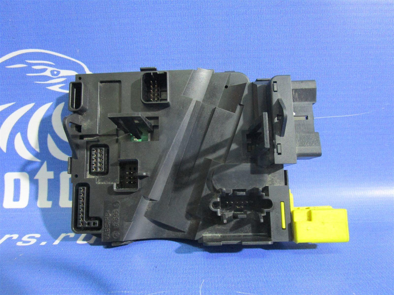 Блок электронный подрулевых переключателей Audi A3 8PA BSE 2007