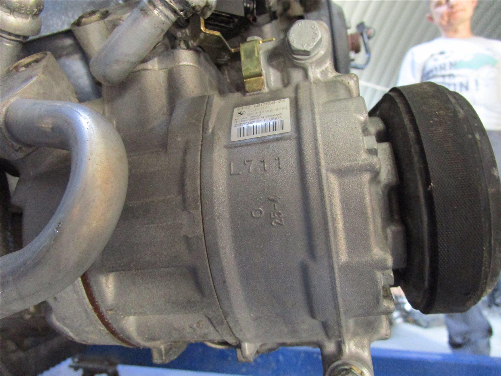 Компрессор кондиционера Bmw 5-Series E60 M54 306S3 2004