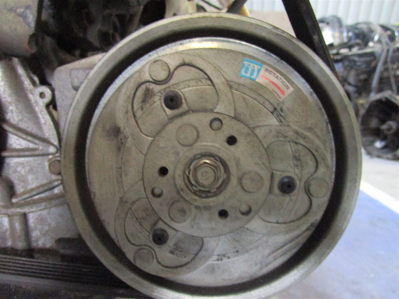 Компрессор кондиционера Nissan Serena PC24 SR20DE 2001