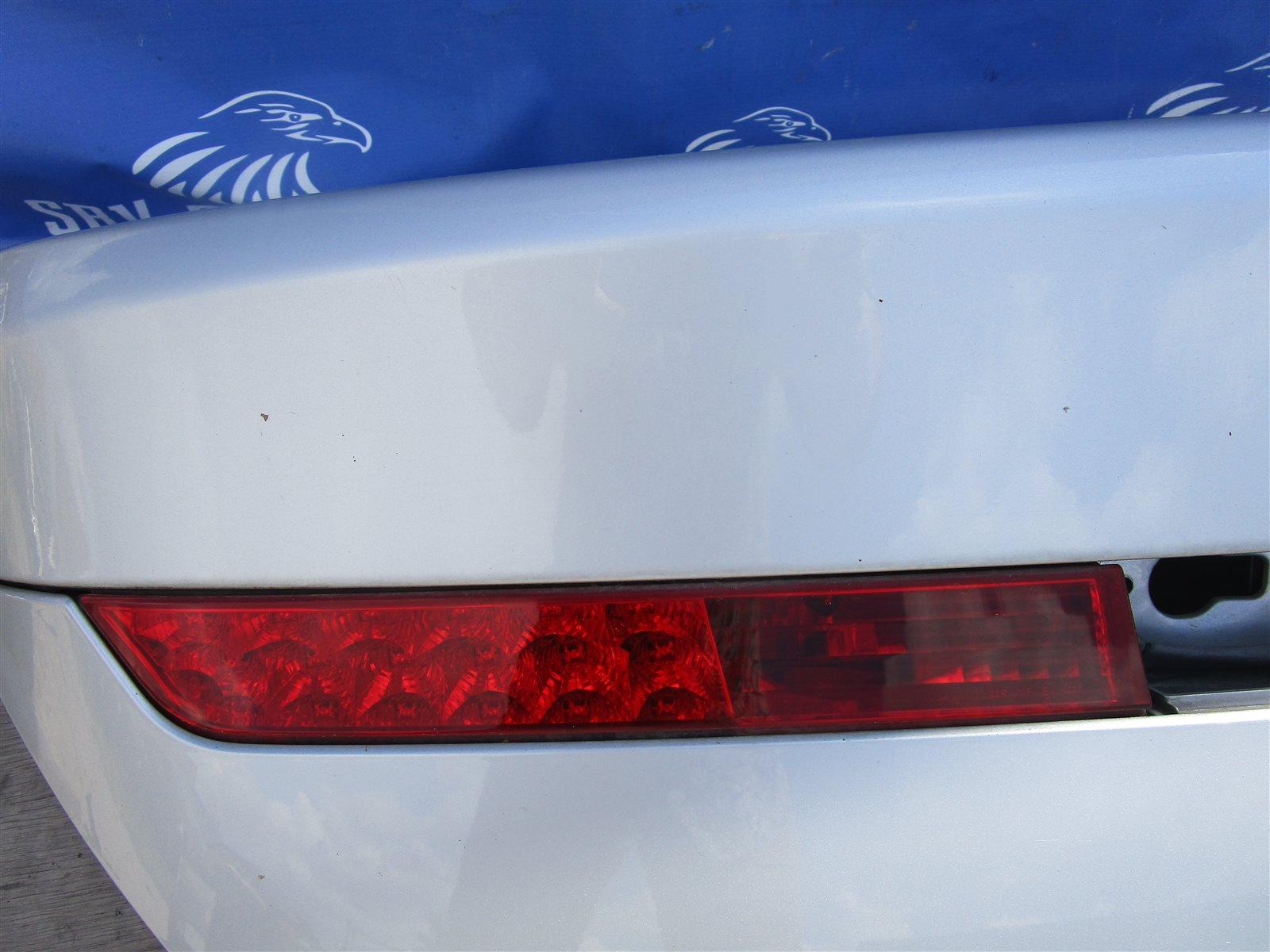 Повторитель поворота в багажник фонарь задний Bmw 7-Series E65/66 N62B44A 2002 задний