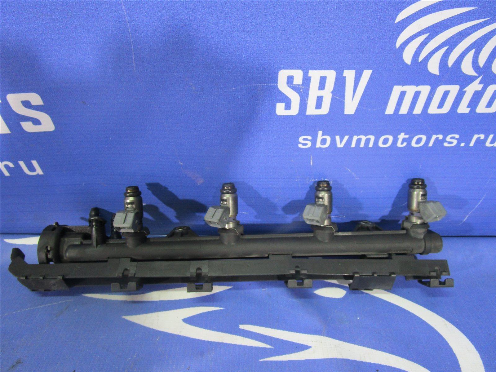 Топливная рампа Volkswagen Polo 6NAHS AHS 1996