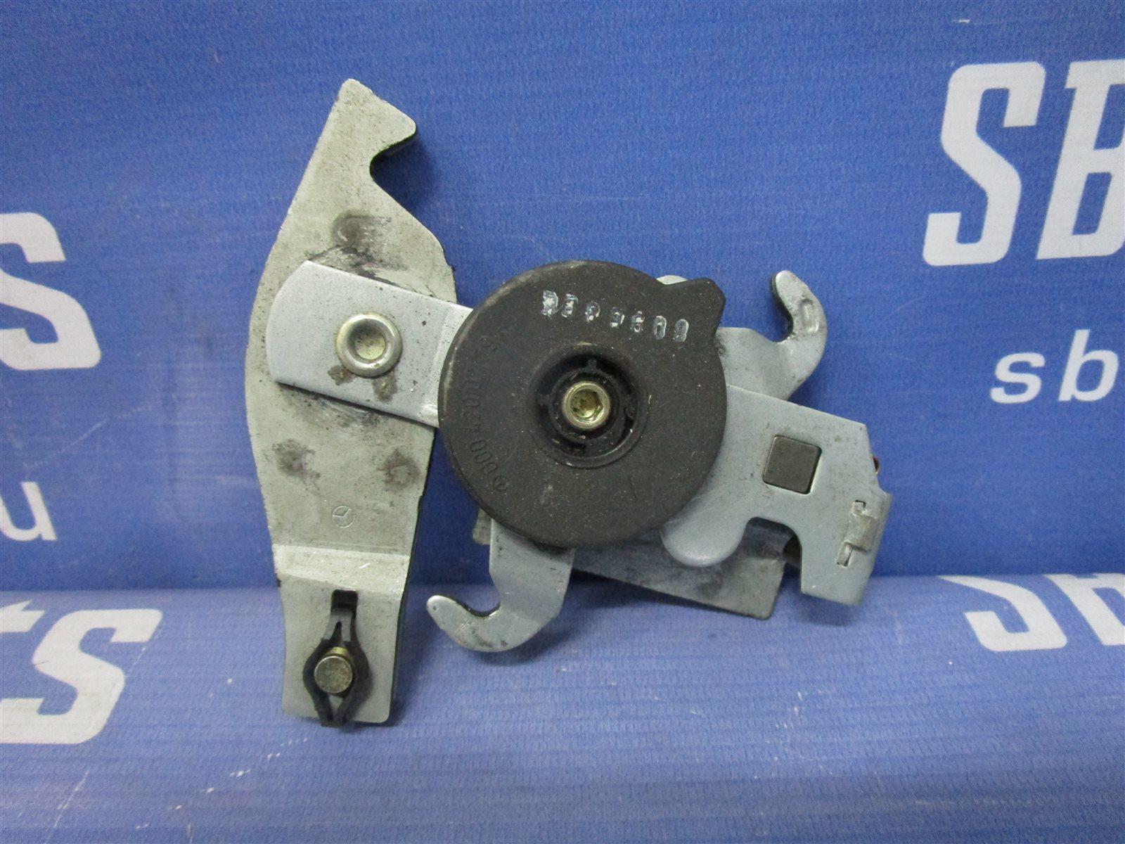 Механизм стояночного тормоза Mercedes-Benz C W202 111.945 1998