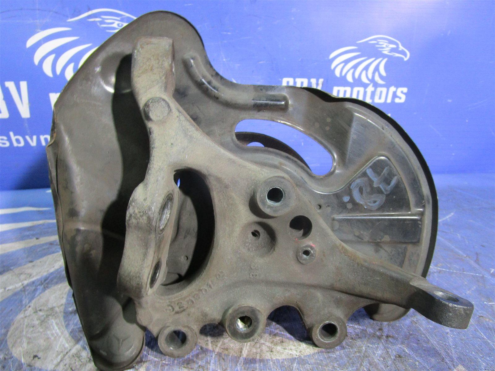 Кулак поворотный Mercedes-Benz C W203 271.946 2005 задний