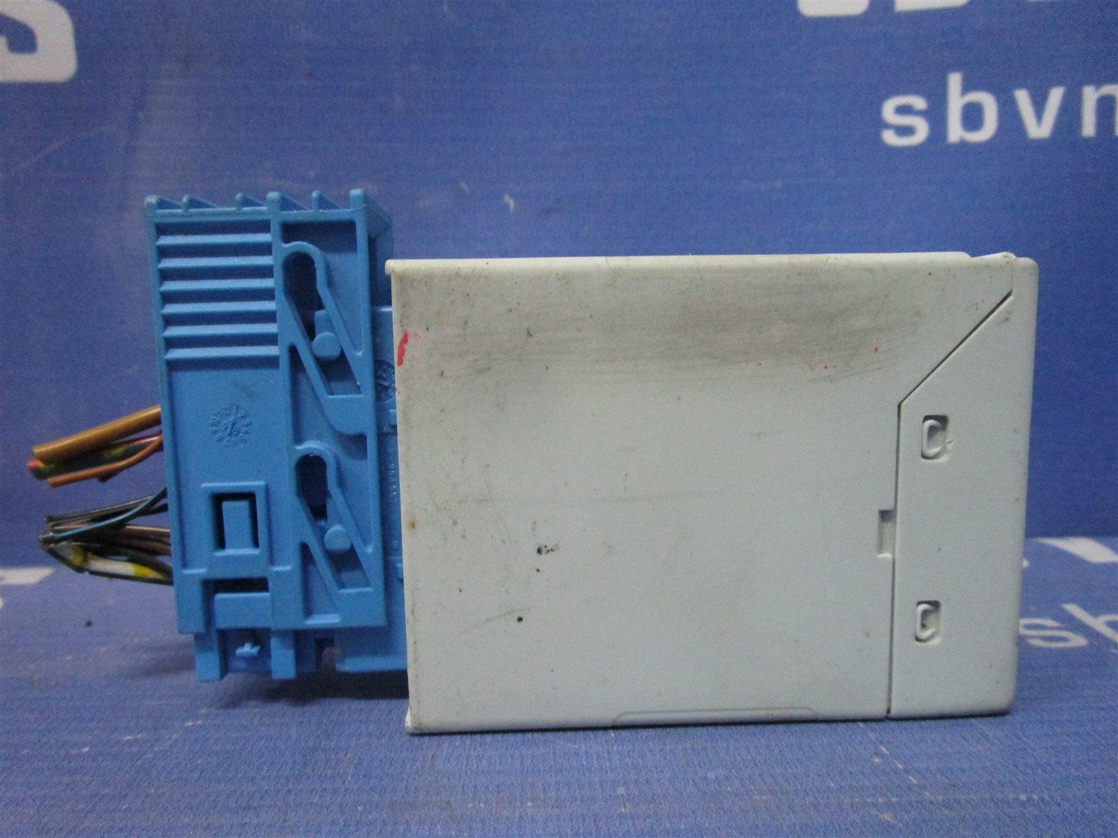 Реле стеклоочистителей Bmw 3-Series E36 / E36/2 M52B20 / 206S1 1997