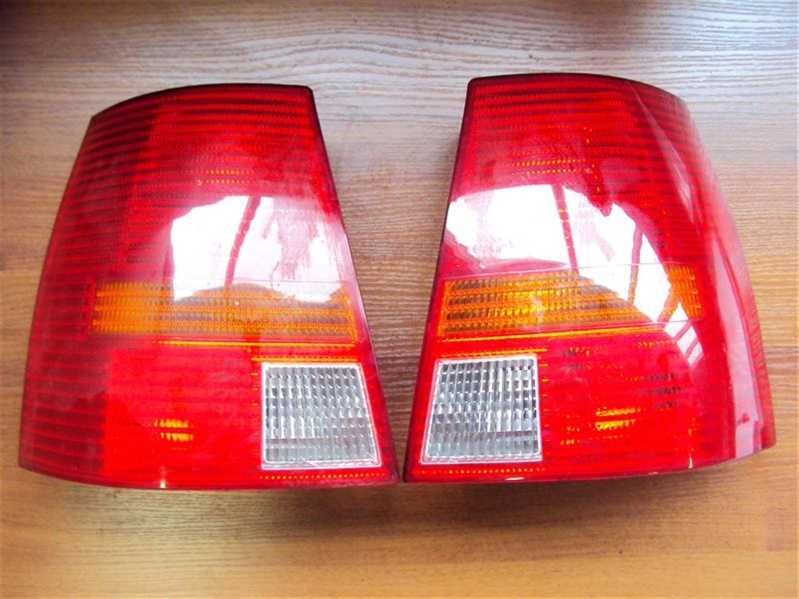 Фонарь задний Volkswagen Golf 4 1J1 / 1J5 2004 задний левый