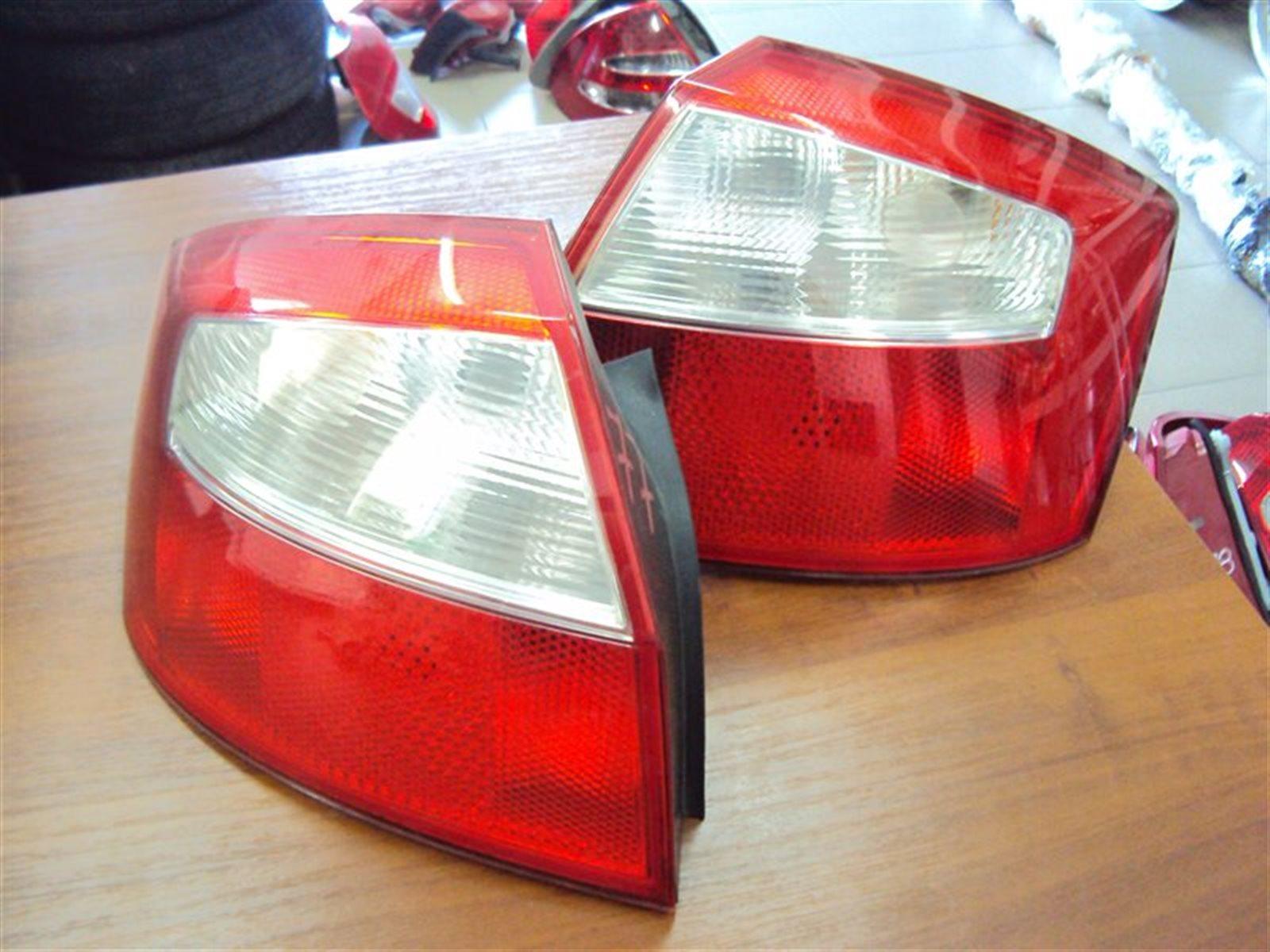 Фонарь задний Audi A4 B6 8EC / 8E5 2003 задний левый