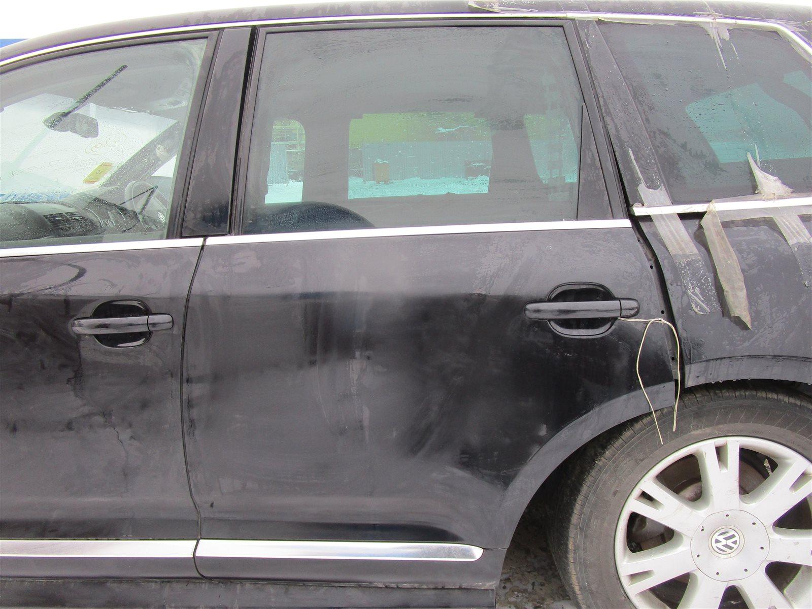 Дверь Volkswagen Touareg 7LA / 7L6 / 7L7 2006 задняя левая