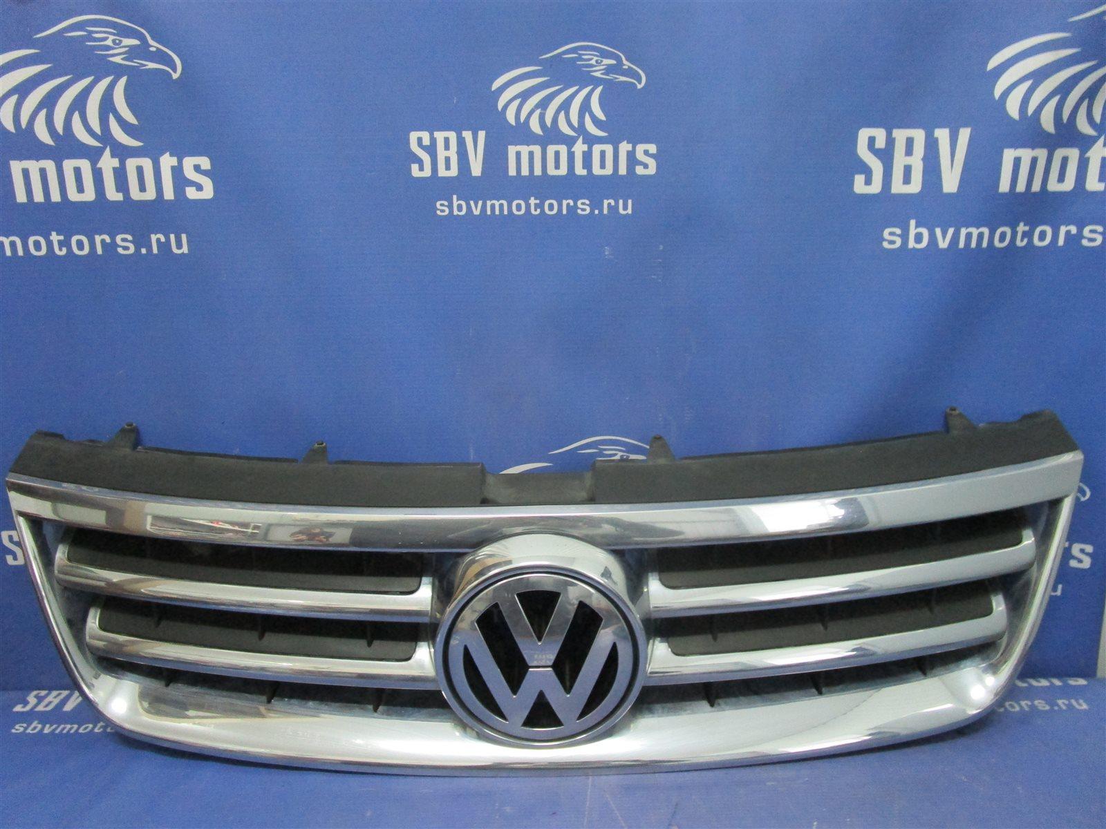 Решетка радиатора Volkswagen Touareg 7LA / 7L6 / 7L7 2006 передняя