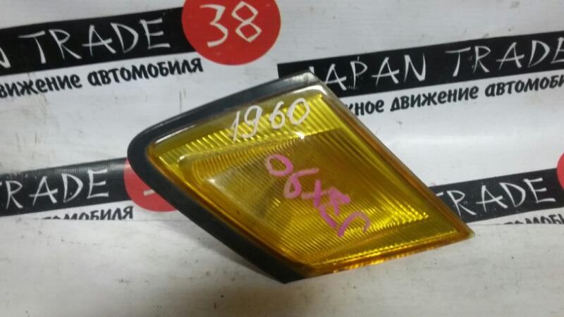 Габарит Toyota Mark Ii GX90 передний правый