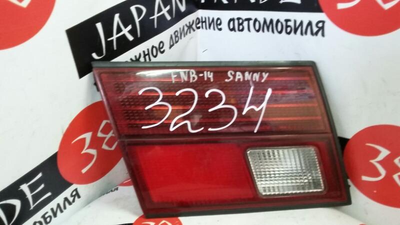 Вставка багажника Nissan Sunny FNB14 задняя левая