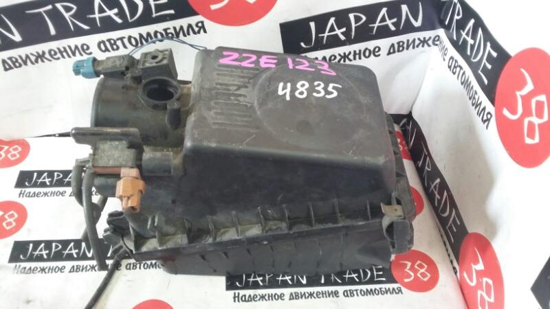 Корпус воздушного фильтра Toyota NZE121
