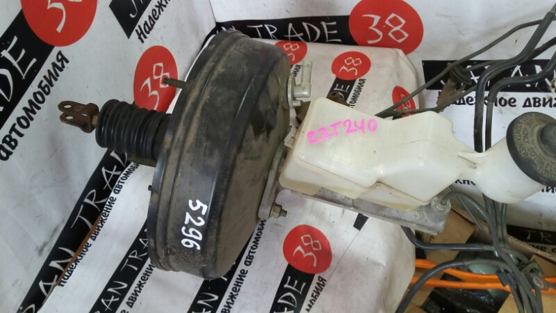 Главный тормозной цилиндр Toyota ZZT240