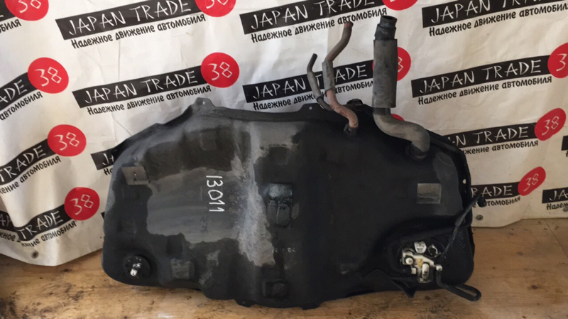 Бензобак Toyota Blade GRE156 2GR-FE