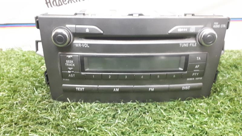 Магнитофон Toyota Auris