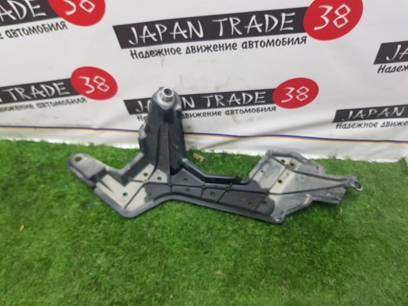 Крышка заднего лонжерона Toyota Blade GRE156 2GR-FE задняя левая